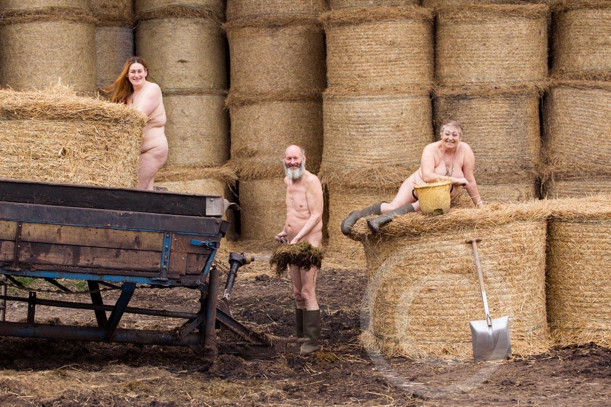 Closer-candy-farm-nudist-campsite-doncaster-yorkshirefarmers--7938