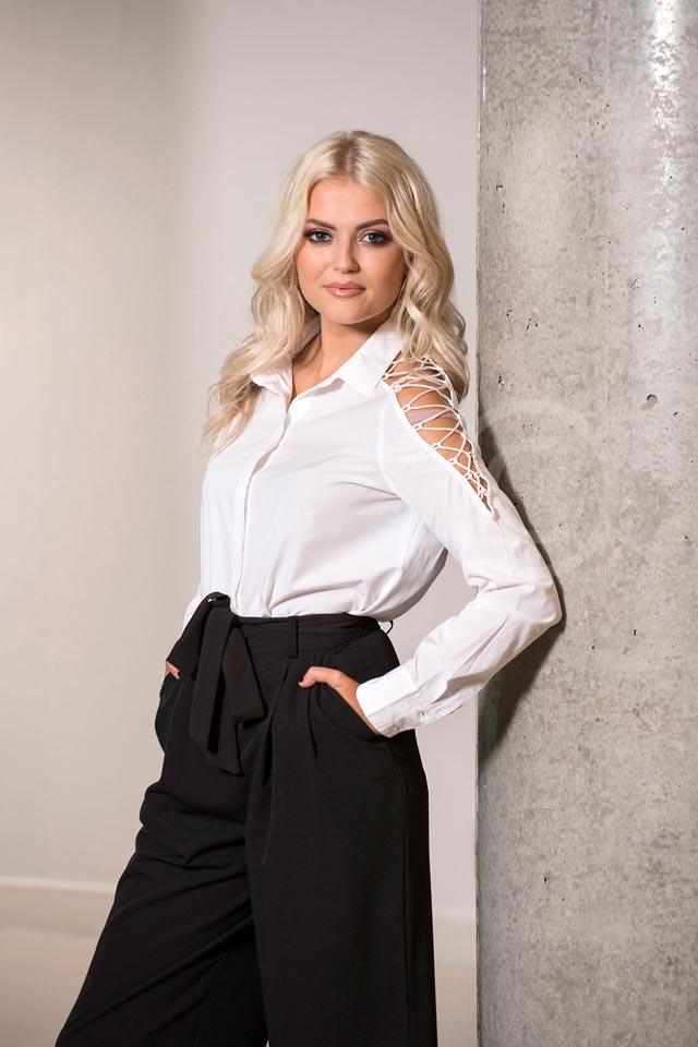 Smag-Lucy-fallon-celebrity-coronation-street-photographer=manchester