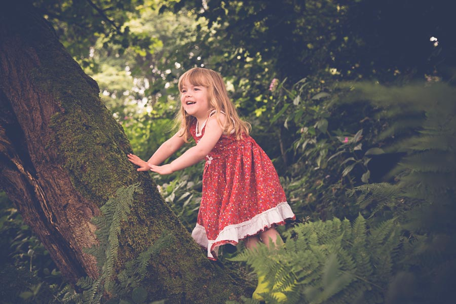 Children-photography-happy-wild-on-location-halifax-yorskhire